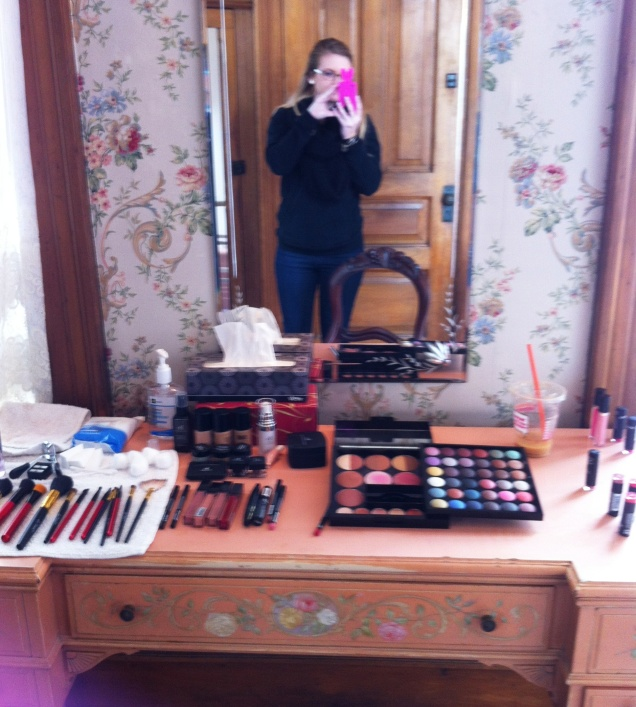 Make up Station!